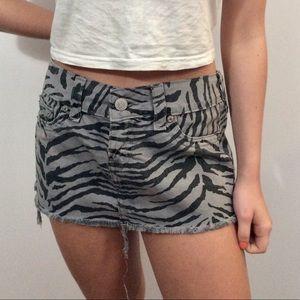 True Religion zebra skirt, size 29